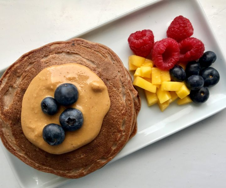 schoko bananen pancakes mit pure whey protein. Black Bedroom Furniture Sets. Home Design Ideas