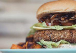 Zum Start der Grillsaison: veganer Burger