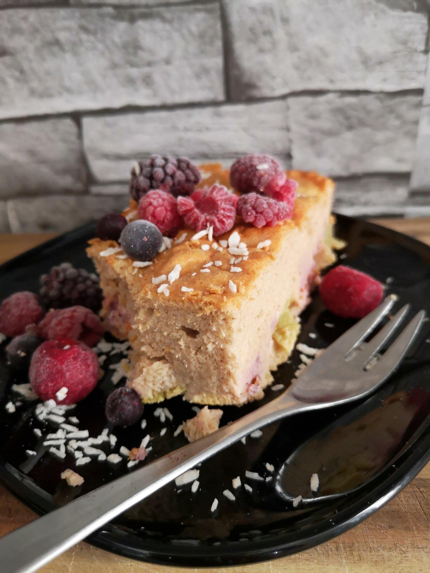 Leckerer Rhabarber-Himbeer-Kuchen