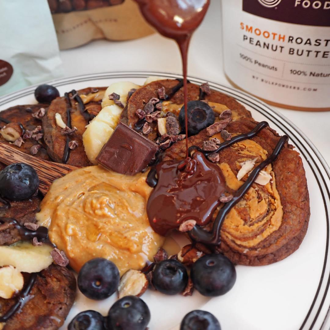 Peanutbutter-Chocolate-Pancakes-2