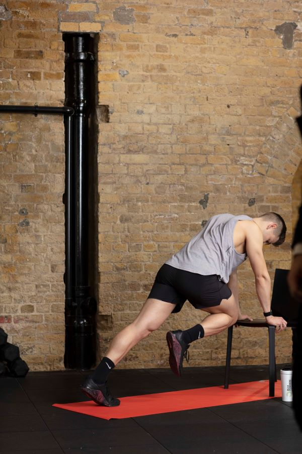 chair high plank knee-ups step 2