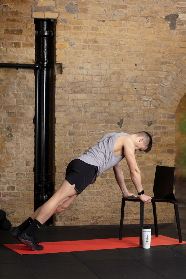 chair high plank knee-ups step 5