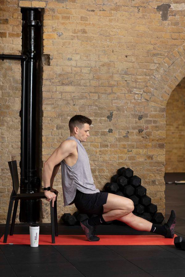 chair triceps dips step 1