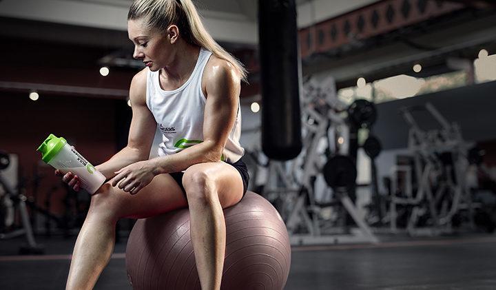 La perdita di peso femminile e gli integratori proteici