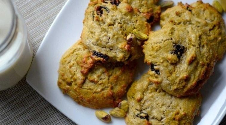 Biscotti al pistacchio e ciliegia