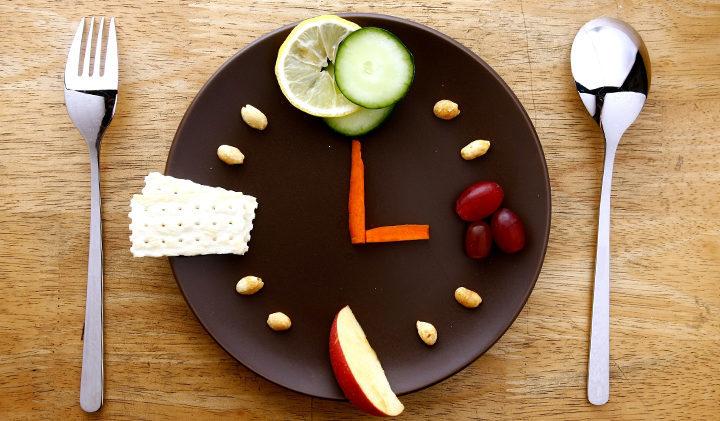 se mangio solo un piccolo pasto al giorno, perderò peso