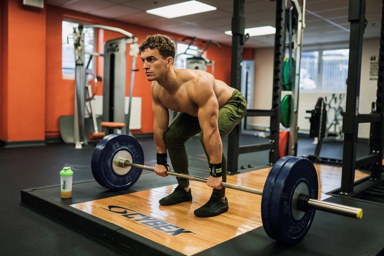 Trainen met gewichten – Powerlifting vs weightlifting vs bodybuilding