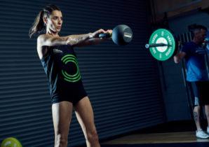 kettlebell swing - training triceps | BULK POWDERS® NL