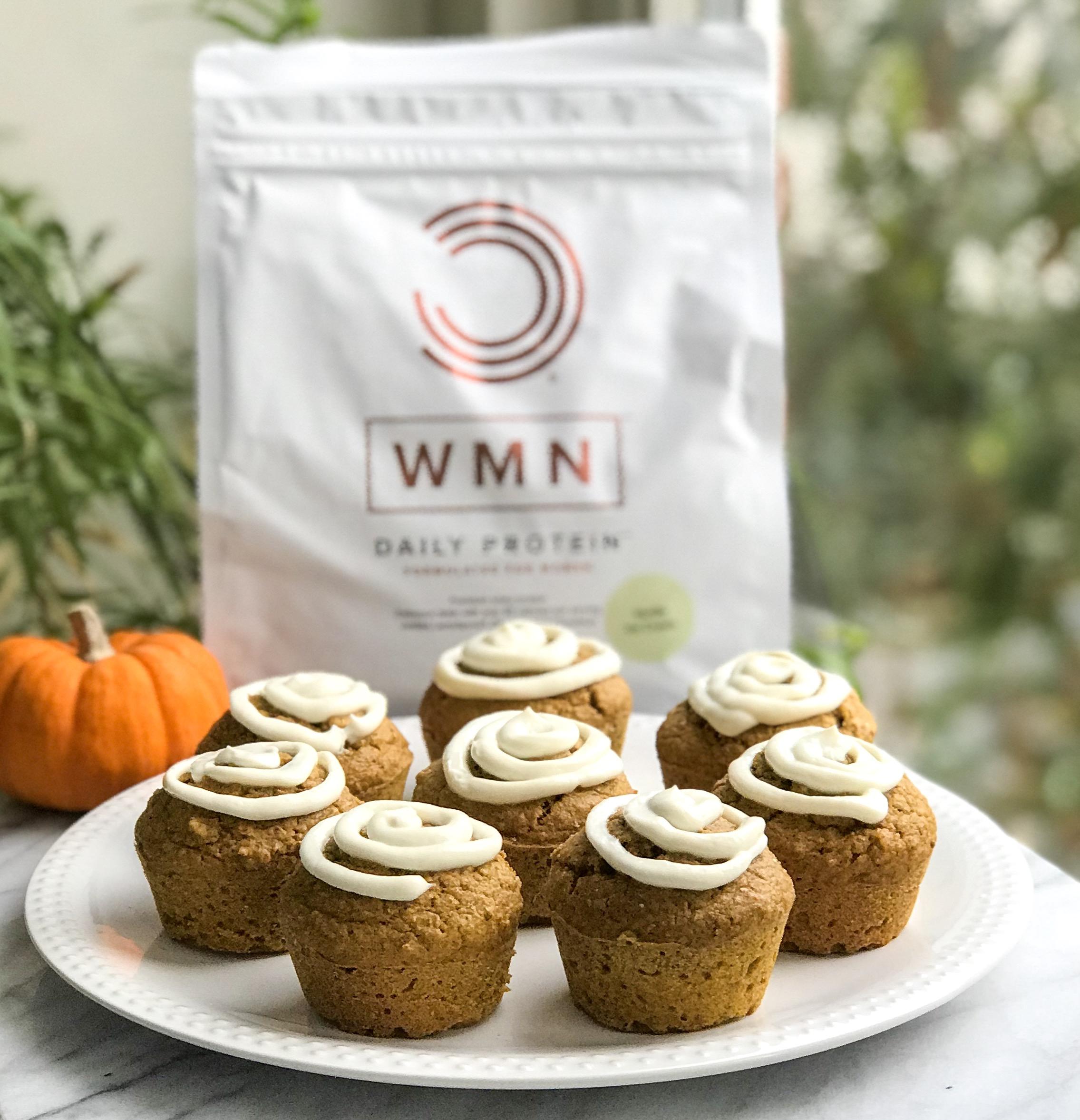 Feestelijke herfst cupcakes met proteïne frosting