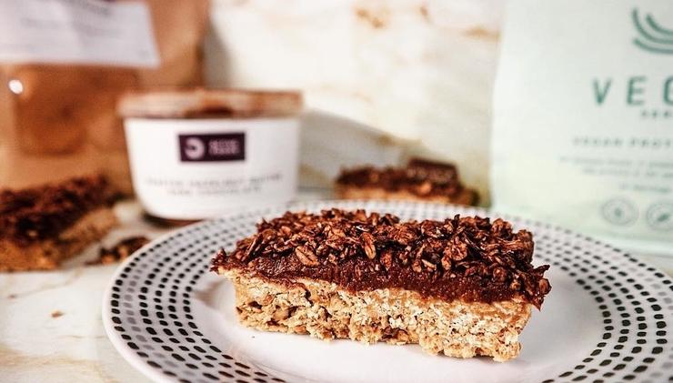 No bake oat bars – met chocolade drizzle