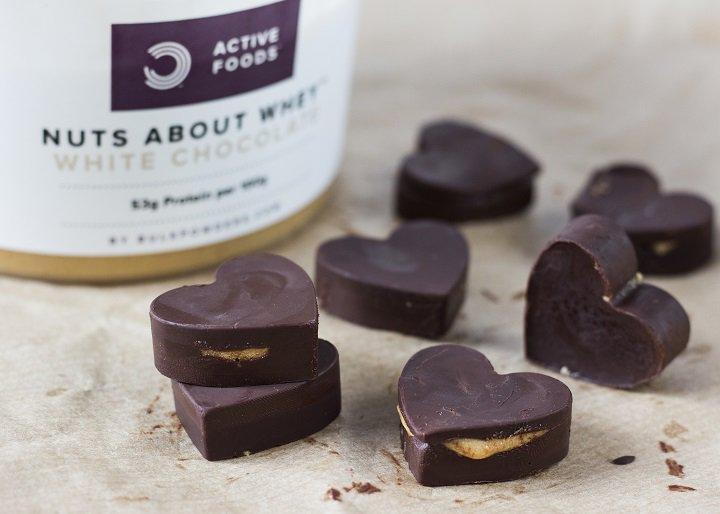 Chocoladehartjes met proteïnepindakaas
