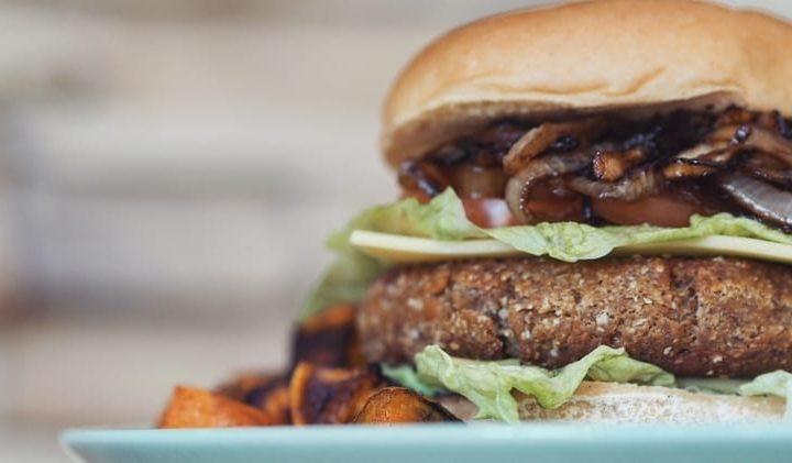 Sycący Wegański Burger
