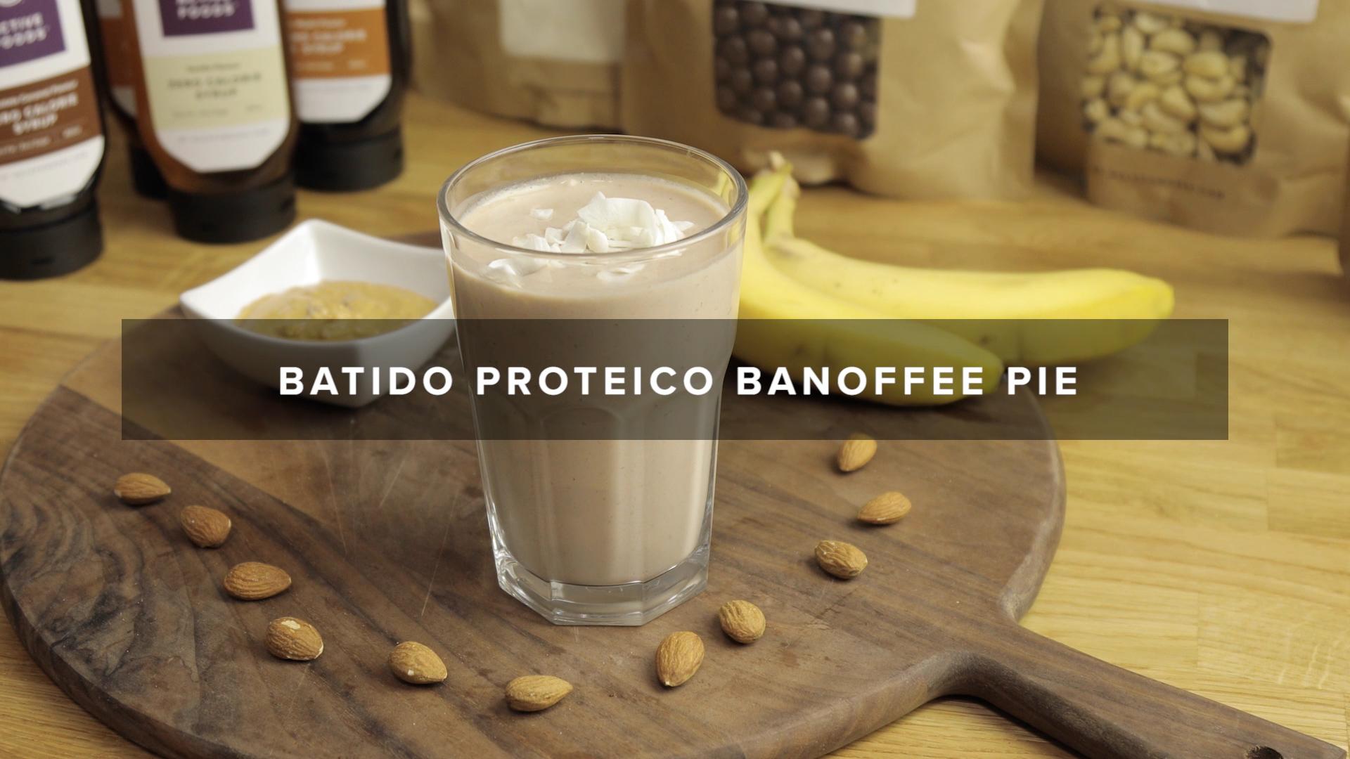 [VÍDEO] RECEITA DE BATIDO PROTEICO BANOFFEE PIE