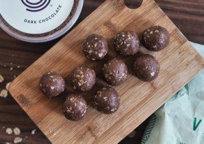 receita simples bolas de chocolate e amendoa