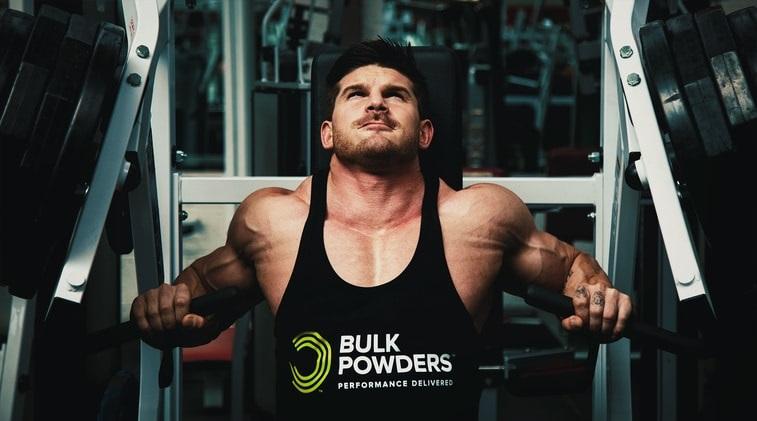 Så bygger du större bröstmuskler