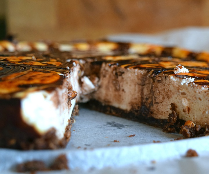 Raspberry Choc Swirl Cheesecake