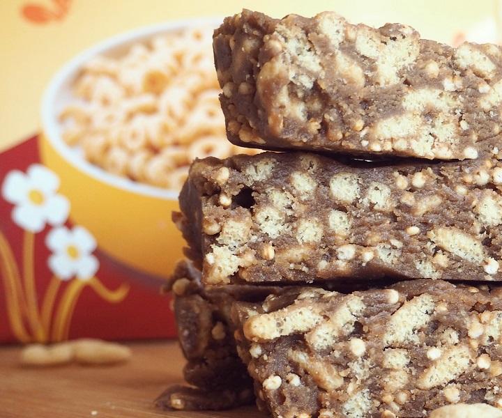 Crunchy Peanut Butter Cereal Bars