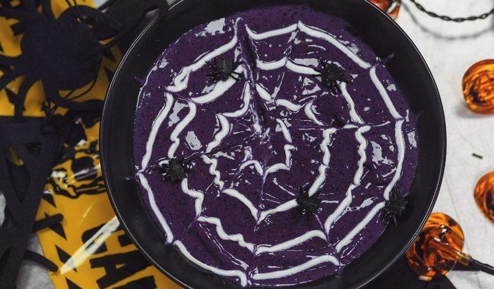 Spiderweb Smoothie Bowl Halloween Recipe