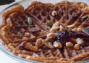 Cinnamon Spice Christmas Waffles Recipe