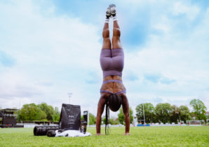 outdoor-workout-handstand